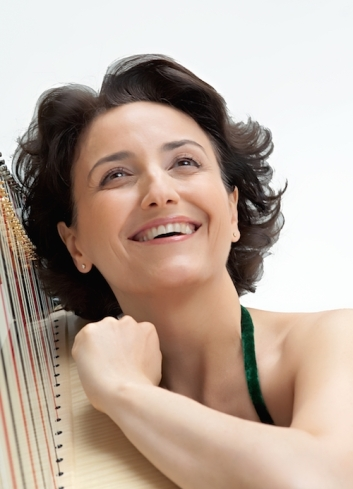 Isabelle Moretti, harpiste, Paris, 2009.