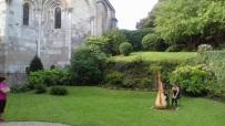 15 08 17 concert-randonnée Cour du Château©AR